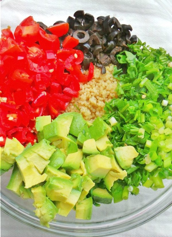 Avocado Quinoa Detox Salad - healthy anti-inflammatory salad recipe