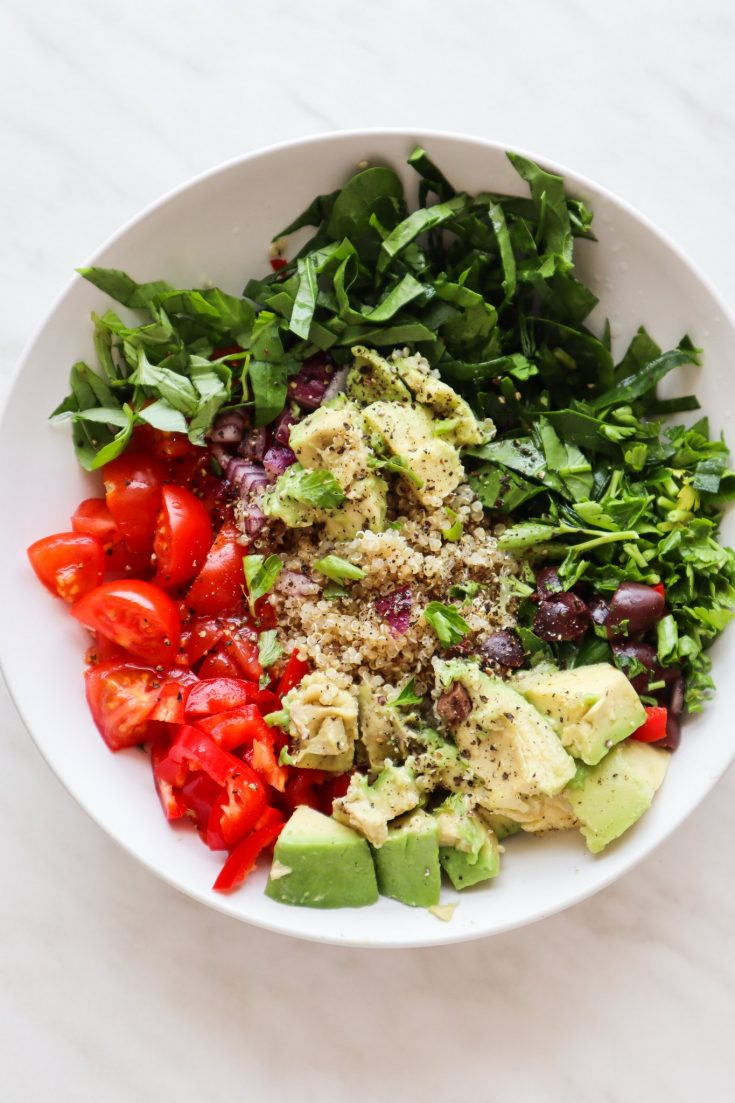 Vegan quinoa salad recipe! This tasty avocado quinoa salad is a tasty healthy lunch idea that you'll want to eat every day during summer. This vegetable side dish is healthy enough to be considered a detox recipe, but also filling and delicious enough to be in your regular weekly meal plan for the family!