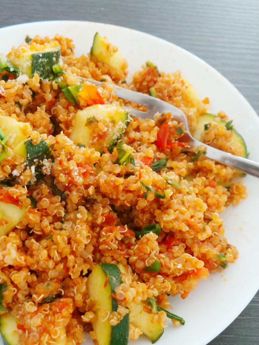 tomato basil quinoa risotto | easy healthy quinoa recipe