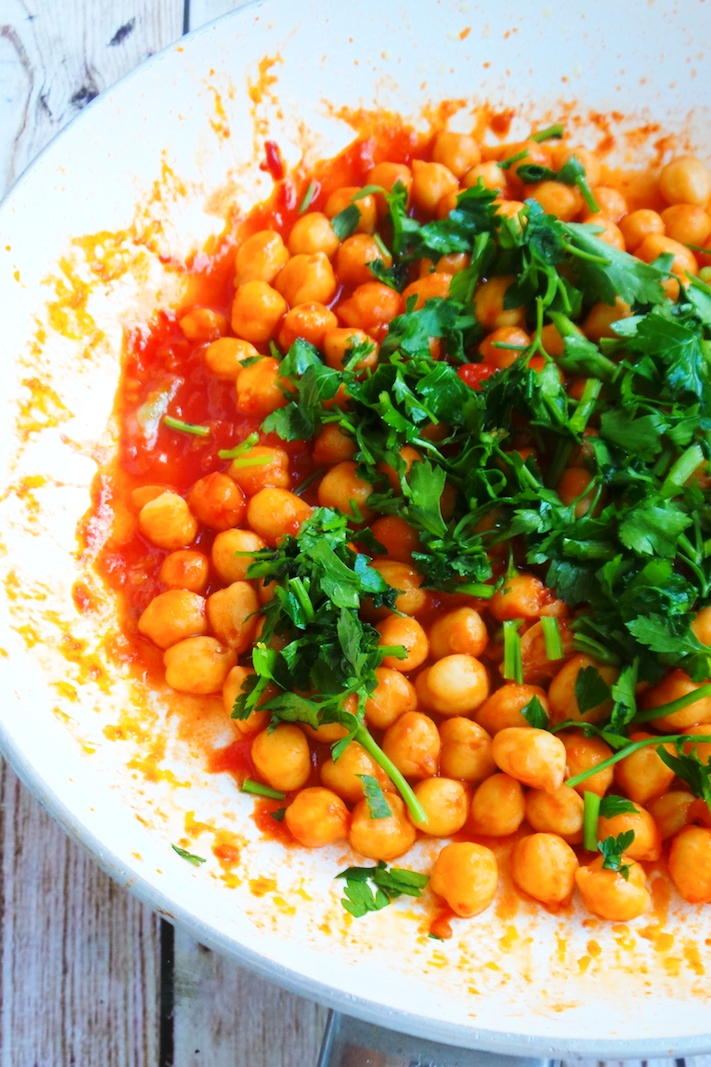 Easy vegan chickpea recipe - super quick too, made this chickpea skillet in 5 minutes! And then, put it on toasted bread for a delicious chickpea bruschetta - super tasty. This is a great lunch or dinner when you've forgotten to make food ahead.