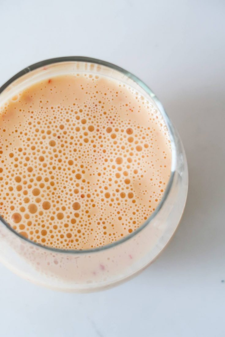 3-Ingredient Peach Smoothie recipe - this healthy smoothie is great for summer!