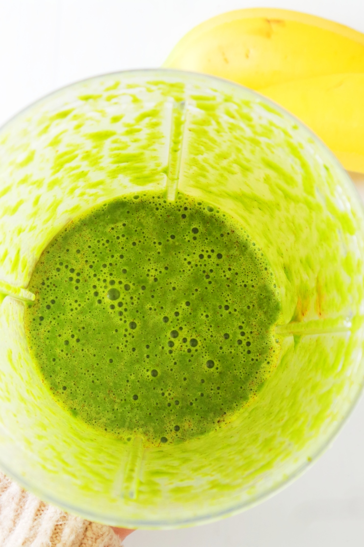 Only 3 ingredients are needed to make this healthy breakfast green smoothie - banana, spinach and almond butter! It's creamy, it's sweet and nourishing for your body (especially your skin)! This breakfast smoothie is vegan, paleo and gluten-free.