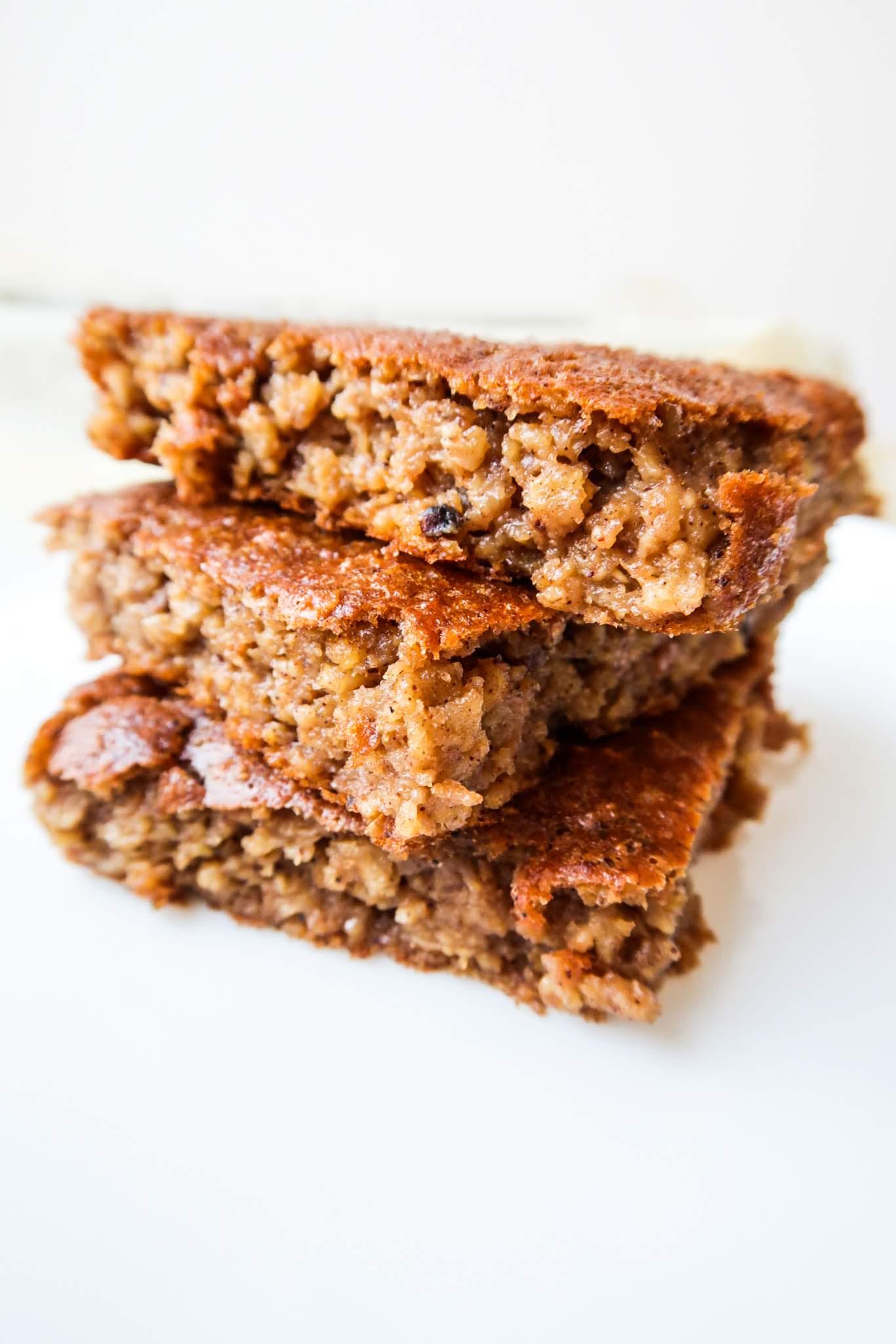 healthy oatmeal apple cake - easy breakfast idea