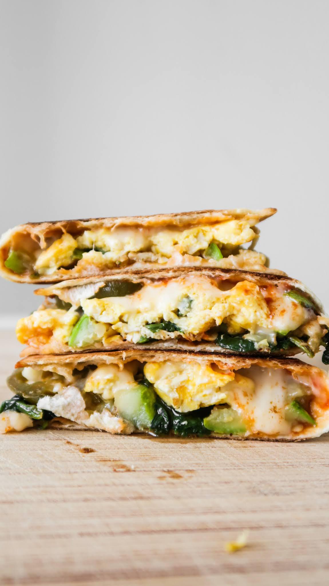 healthy vegetarian breakfast quesadilla