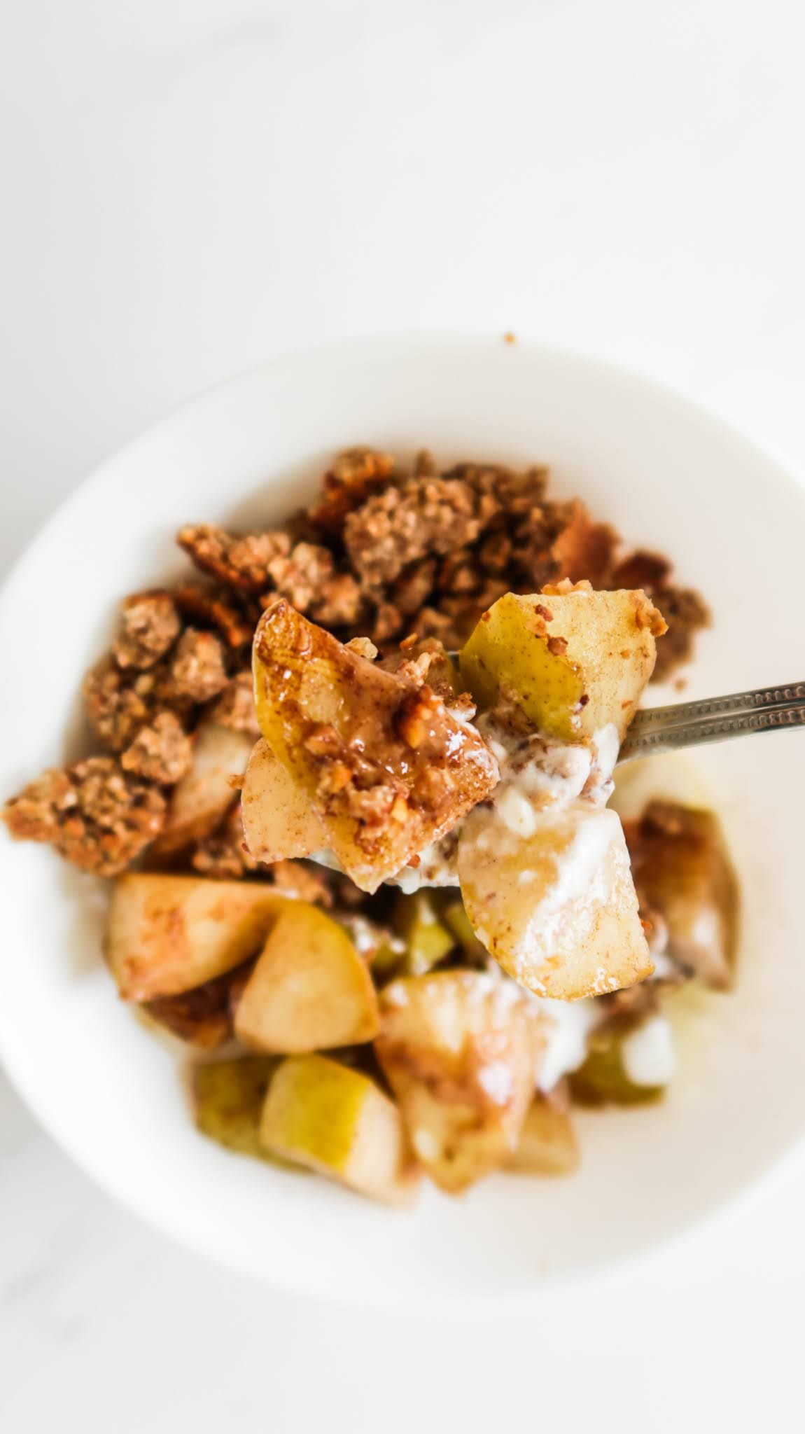 easy healthy stovetop pear crumble