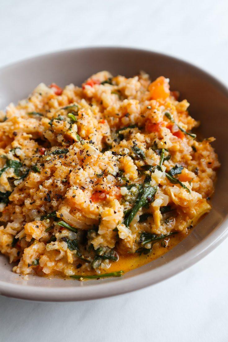Pesto chicken cauliflower rice